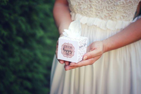 Freudentränen Box Hochzeit personalisiert