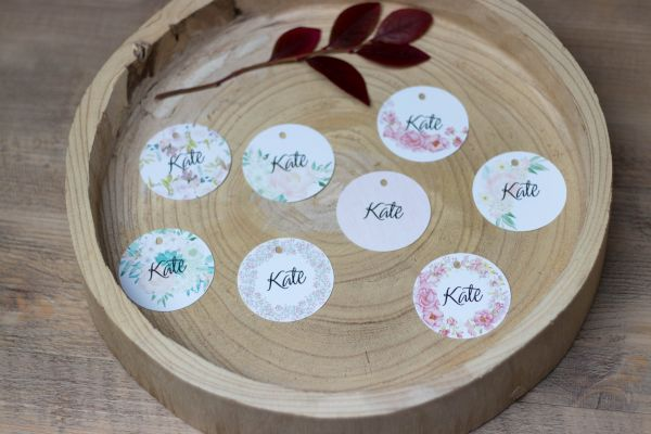 personalisierte runde Anhänger mit Namen; Hochzeit / Besteckhanhänger