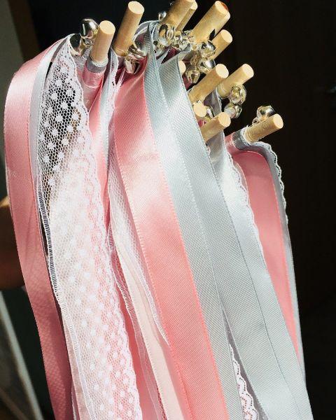 Wedding Wands rosa und grau - Hochzeitsstäbe mit Glöckchen in silber oder gold